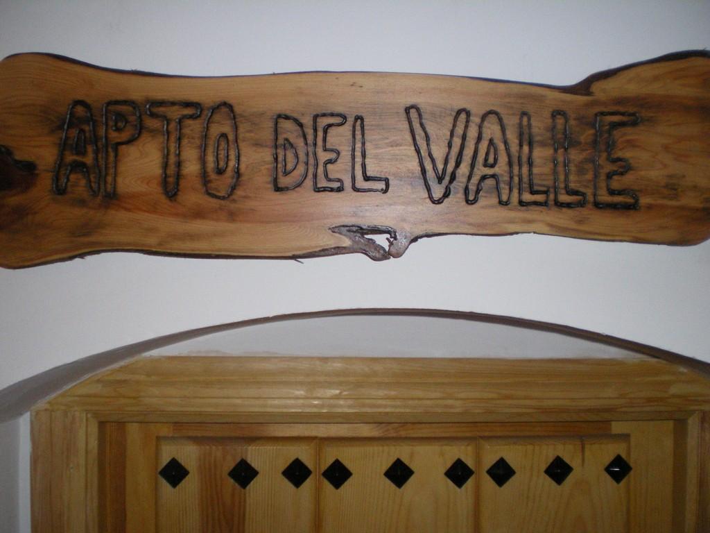 Cartel Apto Valle